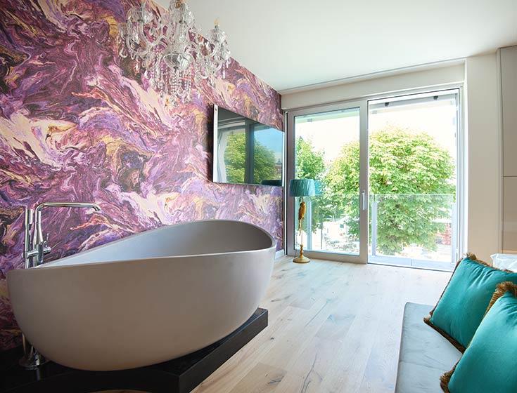 Badezimmer unserer Luxussuite in Velden